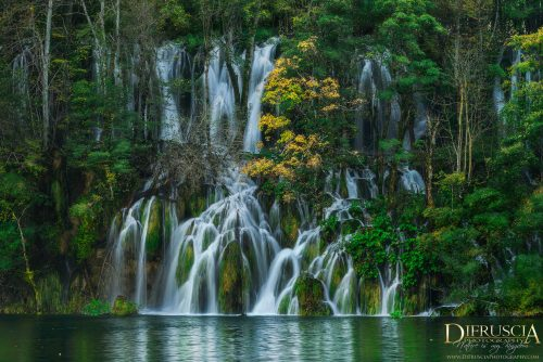 Flowing_Through-Plitvice_Croatia