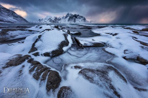 Sign_Of_The_Times - Lofoten_Norway